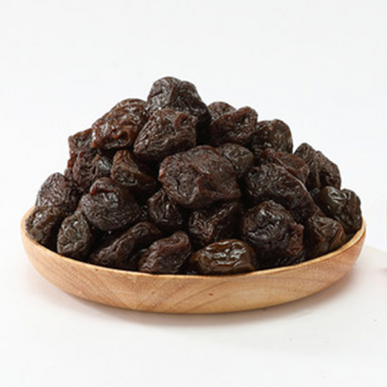 Seedless preserved plum
